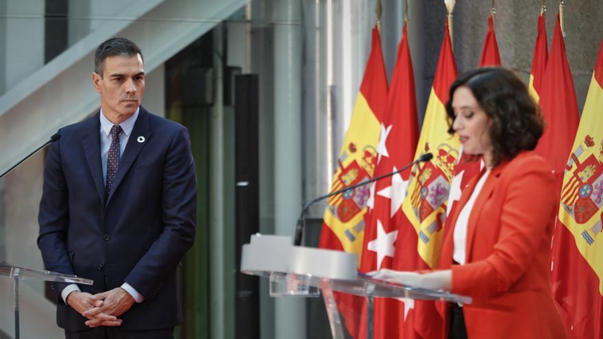 El presidente del Gobierno, Pedro Sánchez, y la presidenta de la Comunidad de Madrid, Isabel Díaz Ayuso.