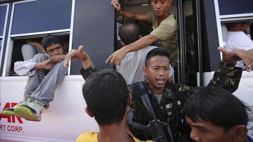 Filipinas confirma a la ONU al menos 4.460 muertos y 12 millones de afectados