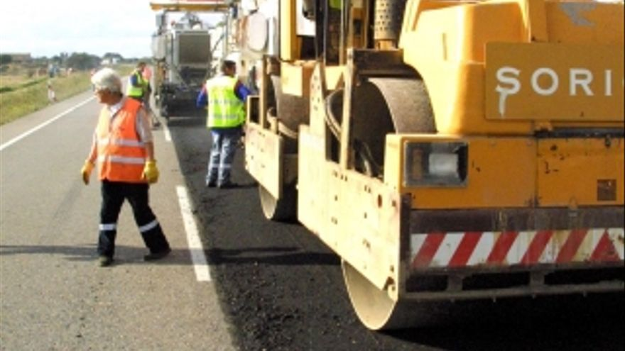 Las obras públicas a menudo se nutren de subcontratas.