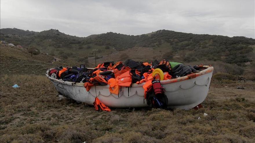 Al menos un muerto y tres desaparecidos en un naufragio ante la isla de Farmakonisi