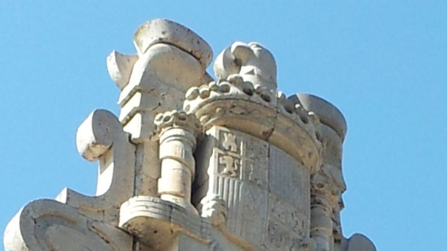 El Gobierno dice que la retirada de símbolos de franquistas de pantanos corresponde a otras administraciones