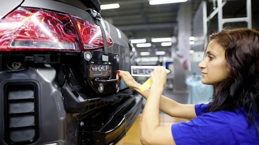 Volkswagen recorta un 5,3% las ventas de turismos en octubre