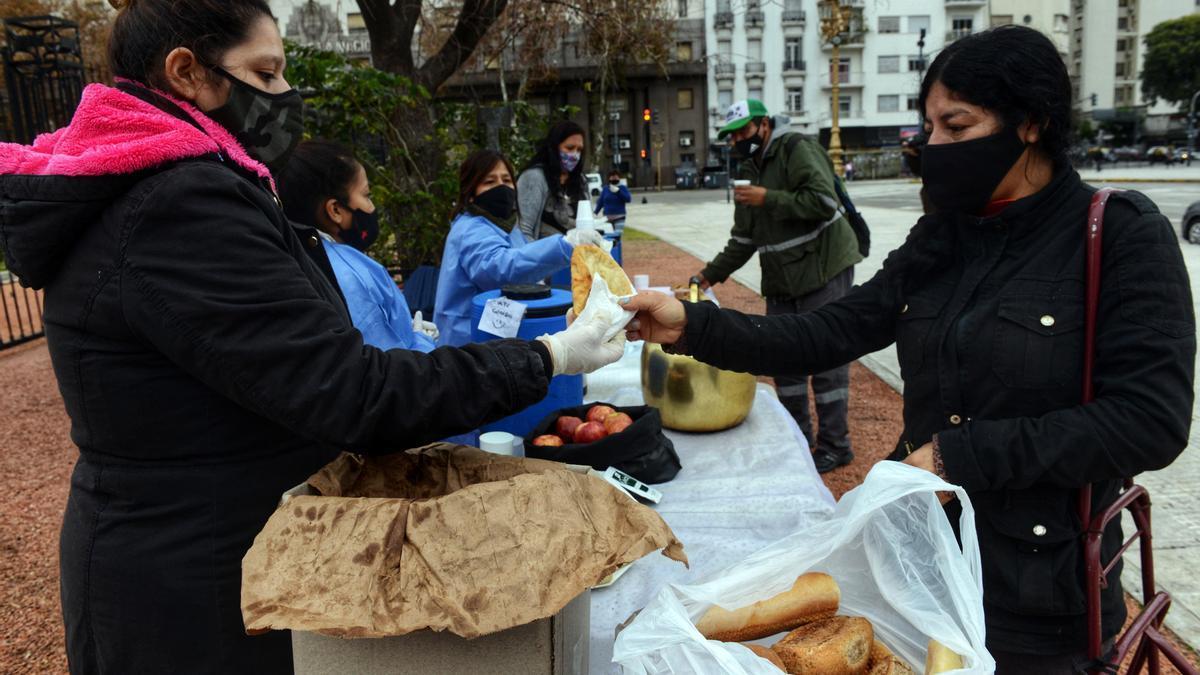 Organizaciones sociales piden más ayuda para comedores de CABA