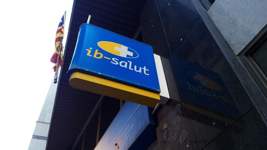 PP y Cs acusan al Govern de priorizar el catalán sobre la cobertura del servicio del IbSalut