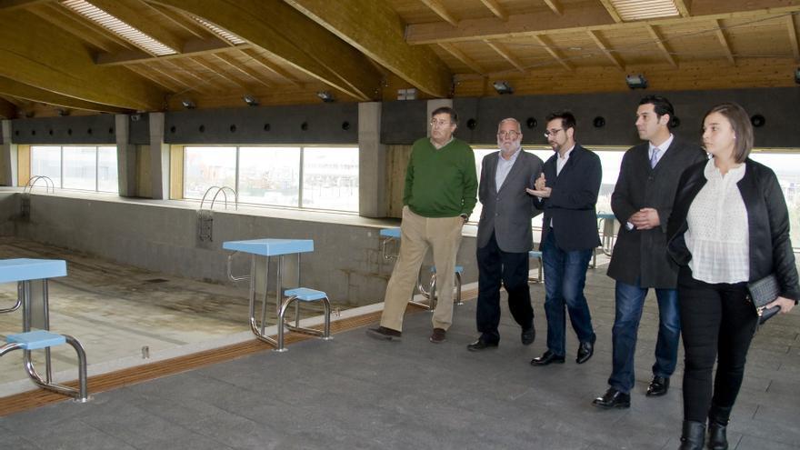 El gobierno pagar la deuda al consorcio de piscinas para for Piscina colindres