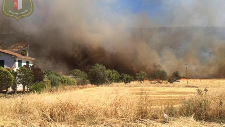 Incendio en Muduex / Foto: agentes medioambientales CCOO