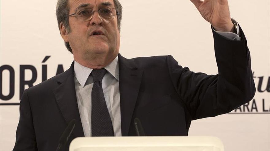 """Á. Gabilondo cree que Sánchez dijo a Rajoy en debate """"lo que muchos piensan"""""""