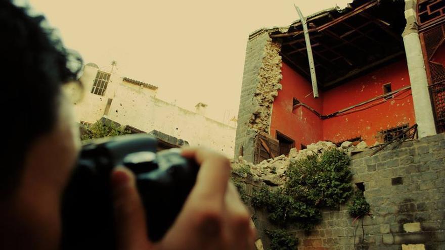 """Imagen de """"Lentes de un joven de Homs"""". 27 de mayo de 2013"""