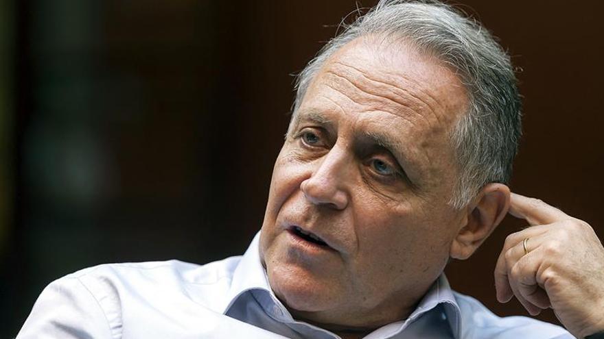 El director científico del Instituto Pasteur en Shanghai, Fernando Arenzana-Seisdedos Efe