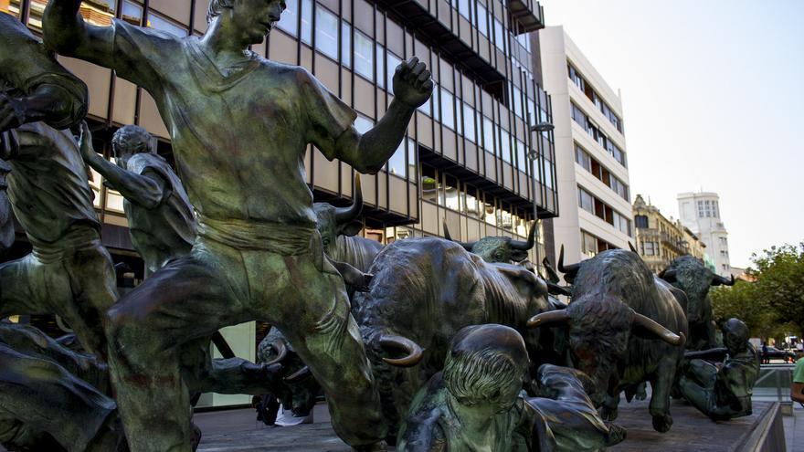 Monumento al Encierro, uno de los iconos mundialmente reconocidos de la capital navarra. Viajar Ahora