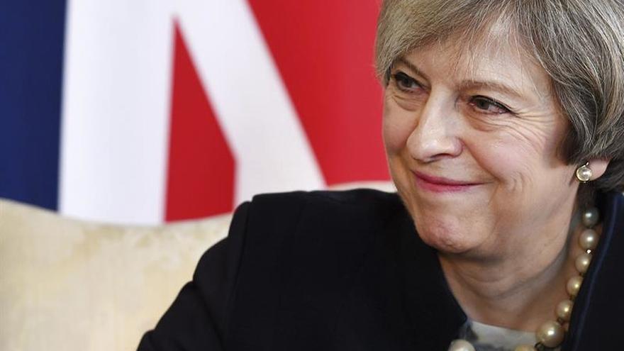 """La CE ve """"esencial"""" que Reino Unido cumpla sus compromisos financieros con UE"""