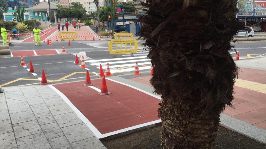 Carril bici en el Centro Comercial El Muelle