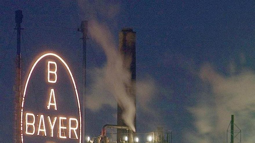 Bayer, dispuesta a pagar 60.000 millones de euros por Monsanto, según diario