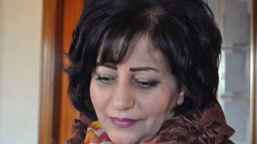 Maysun, farmacéutica y poeta siria. Imagen cedida.