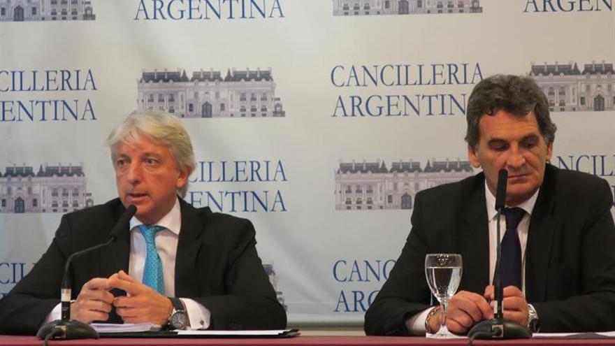 La Unesco entrega a Argentina documentos sobre la dictadura militar