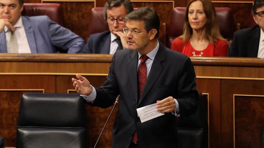 Catalá: Es una broma macabra suavizar el delito de enaltecimiento del terrorismo