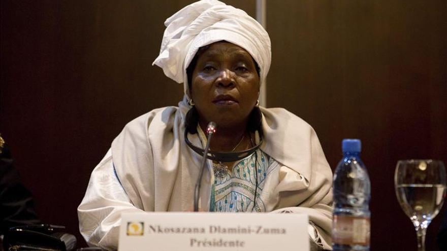 """La UA llama a una """"transición civil"""" en Burkina Faso"""