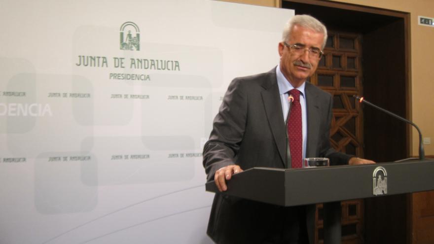 Jiménez Barrios lamenta la subida del paro aunque destaca que es la menor en octubre de los tres últimos años