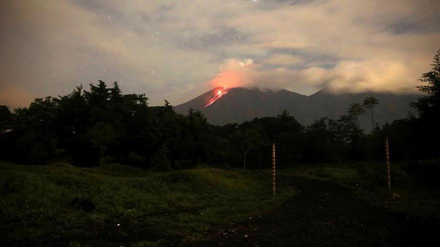 El volcán de Fuego de Guatemala inicia una nueva fase eruptiva
