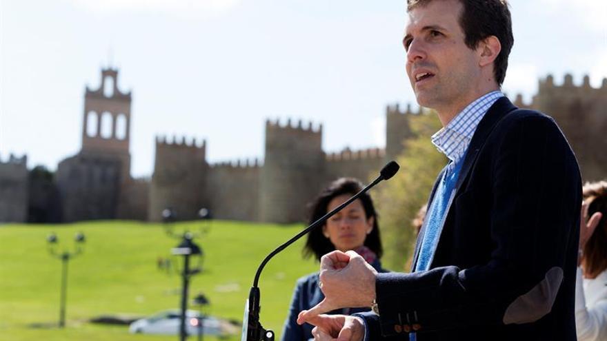 Casado insta votar al PP para que Iglesias no sea presidente plenipotenciario