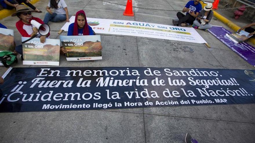 Nicaragüenses se manifiestan en la capital contra la minería industrial