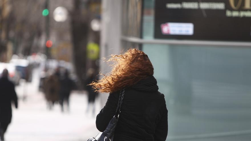 Alertan de vientos de más de 100 km/h en zonas expuestas de Bizkaia y Álava para este lunes