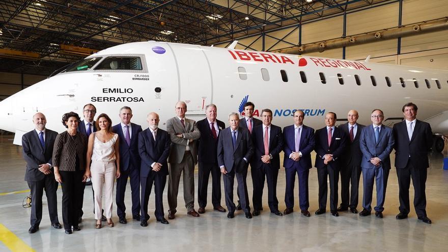 Air Nostrum homenajea a su primer presidente con el bautizo del avión Emilio Serratosa