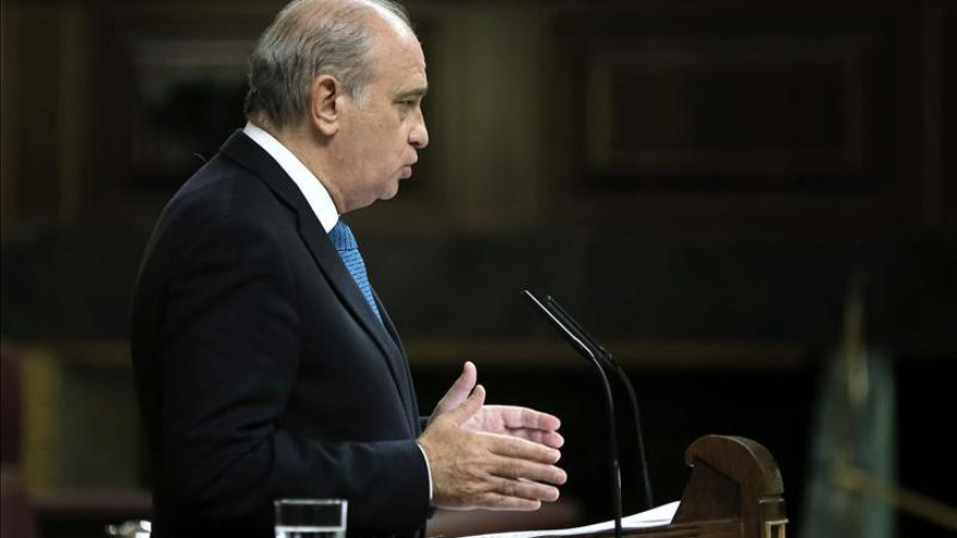 Fernández Díaz, convencido de que los Mossos cumplirán y harán cumplir la ley el 9N