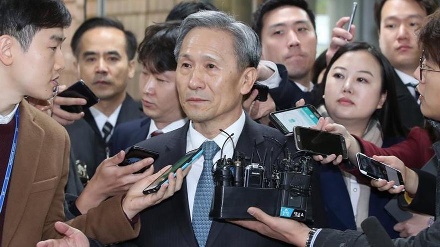 Detenido el exministro de Defensa surcoreano por supuesta injerencia política