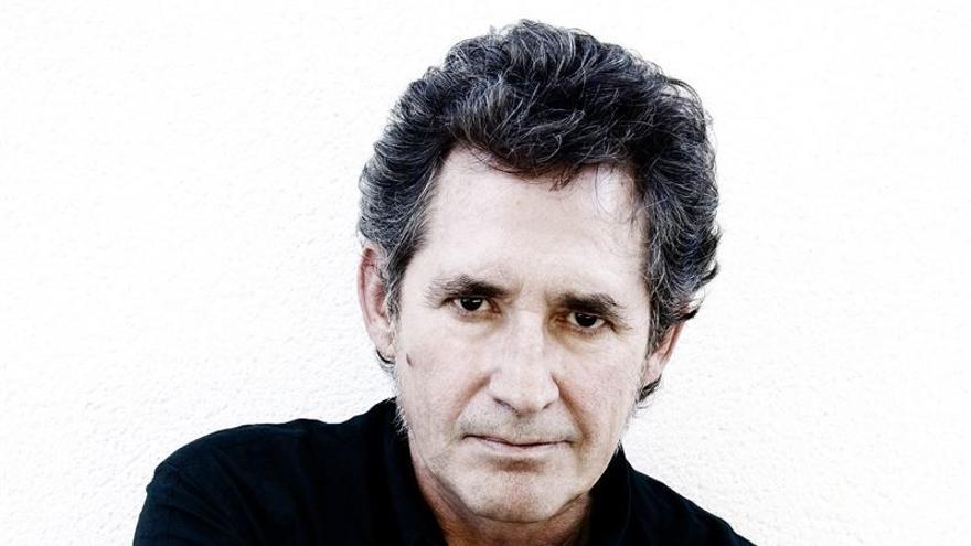 Miguel Ríos, protagonista de la clausura de 'El mundo que queremos', junto a Luis García Montero
