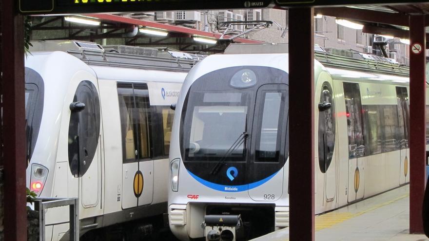 Trenes del servicio autonómico Euskotren