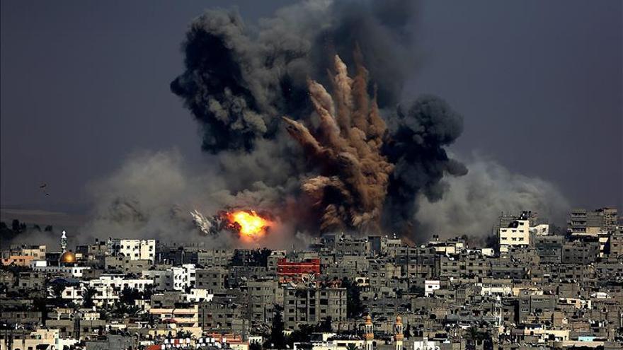 Al menos 20 muertos en un ataque israelí a una escuela de la ONU en Gaza