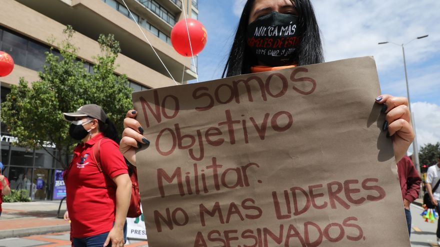 Lluvias enfrían una nueva jornada de protestas contra el Gobierno colombiano