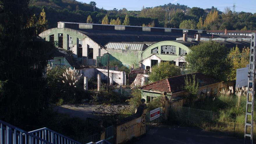Exterior de la fábrica de loza de San Claudio. Foto: Pablo Lorenzana