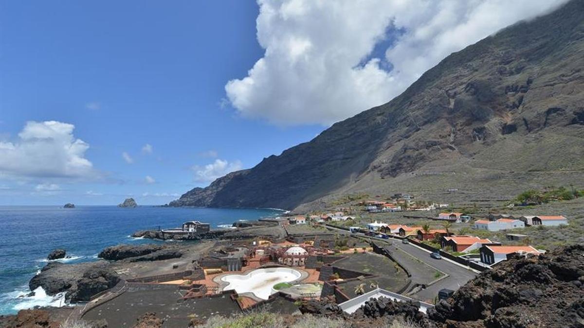 Vista general del puerto pesquero Las Puntas, en El Hierro