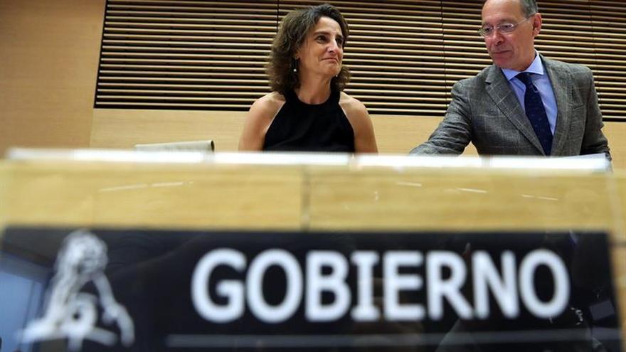 """Teresa Ribera dice que el diésel """"tiene los días contados"""""""