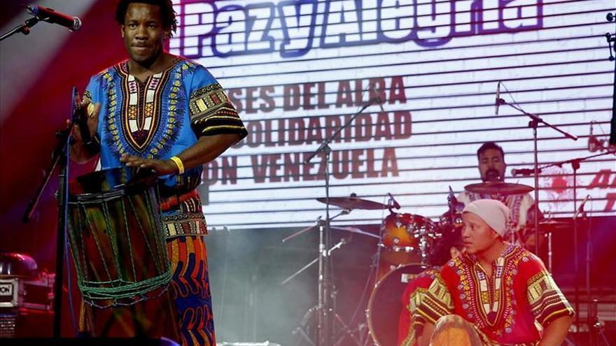 Músicos latinoamericanos y españoles se solidarizan con Venezuela en Madrid