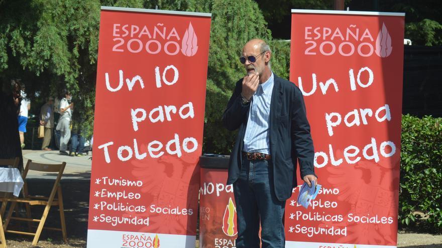 España 2000 en campaña en Toledo / Foto: Javier Robla