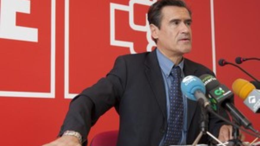 Juan Fernando López Aguilar, en la rueda de prensa de este sábado. (ACN PRESS)