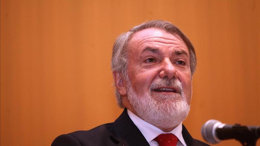 """Mayor Oreja afirma que la crisis actual no es económica sino """"de valores"""""""