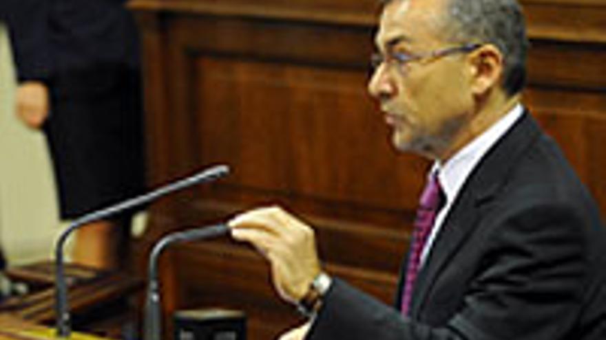 Paulino Rivero Baute.