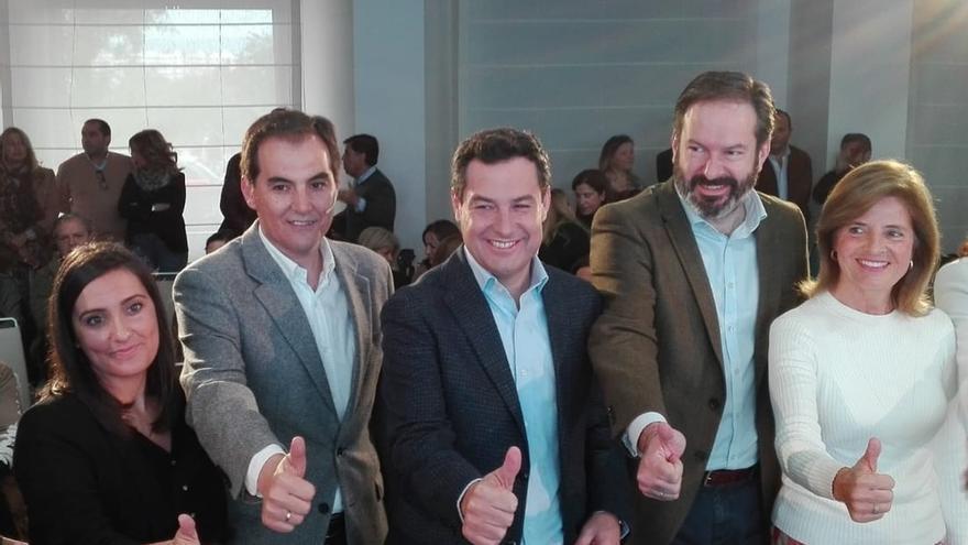 """Juanma Moreno promete en su programa 600.000 empleos """"en cuatro años"""" con una """"bajada masiva de impuestos"""""""