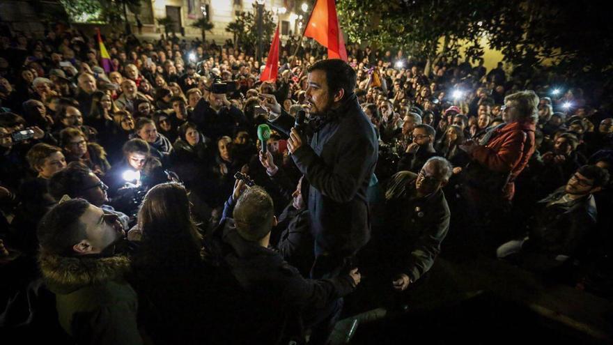 Mitin de Alberto Garzón en la plaza de los Carros de Madrid (La Latina), en la campaña del 20D.