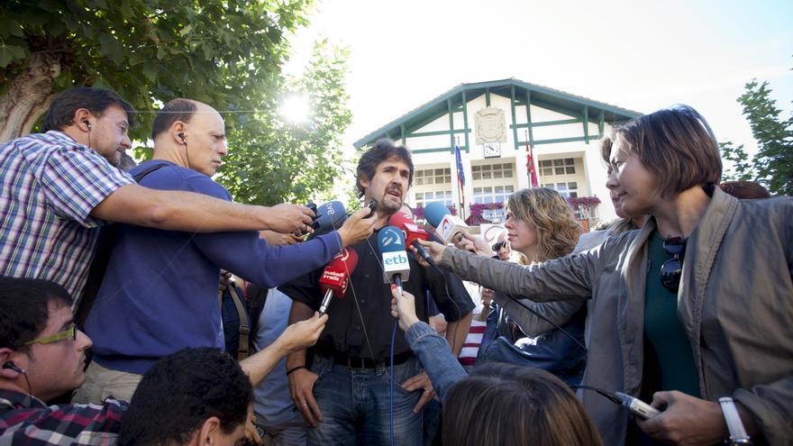 """EH Bildu pide al resto de fuerzas que se """"mojen"""" por la normalización"""