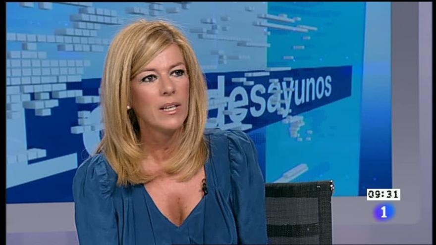 La periodista Esther L. Palomera en Los Desayunos de TVE