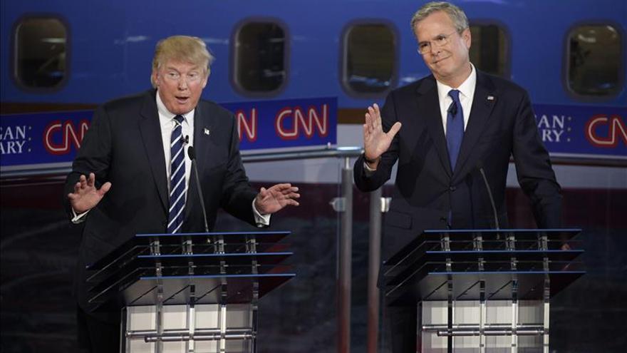 Trump se impone en los sondeos de internet tras el cuarto debate republicano de EE.UU.