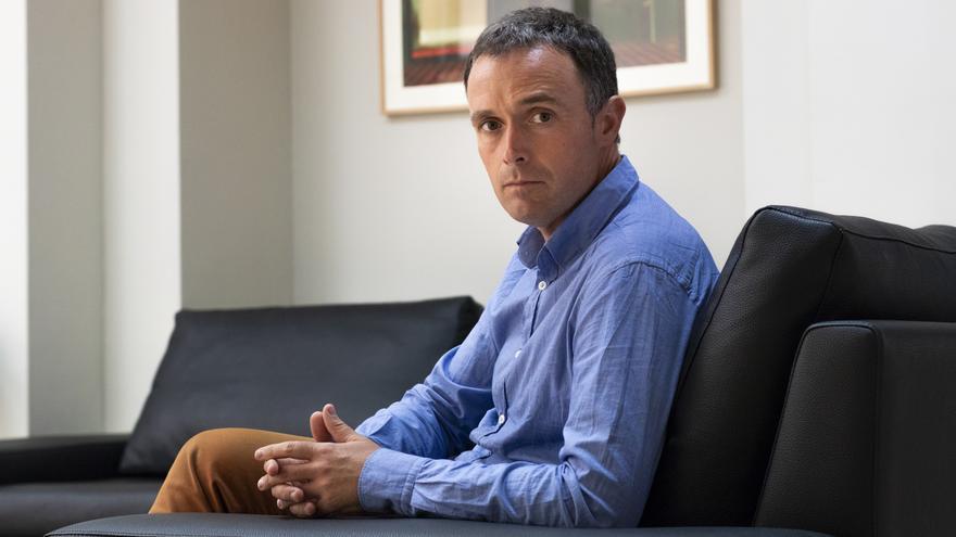 Las 'Cenizas del califato', de Mikel Ayestarán, salió a la venta el 5 de junio