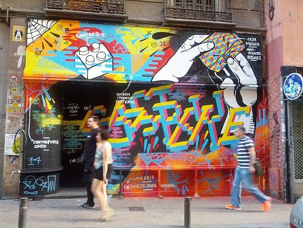 Nuevo aspecto de la fachada del número 21 de la calle Pez, sede del Patio Maravillas