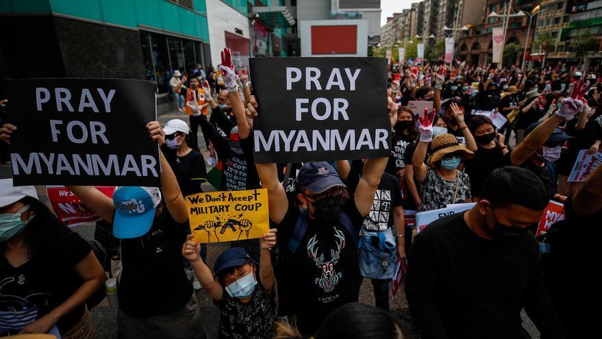 Al menos 1 muerto en Birmania por disparos de las autoridades, según medios