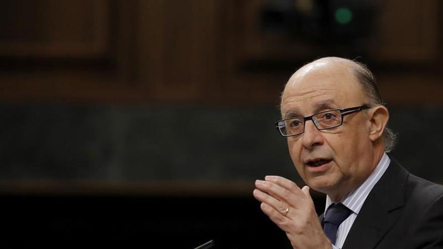 Montoro dice que lucha contra el fraude y no está para juzgar la ética de los ministros